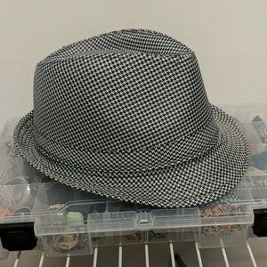 Black & White Houndstooth Fedora Hat L/XL